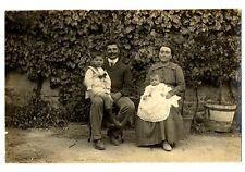 photo Ancienne  Couple et enfants