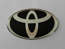 TOYOTA Sticker/Decal - Chrome on Black 60mm x 38mm HIGH GLOSS DOMED GEL FINISH