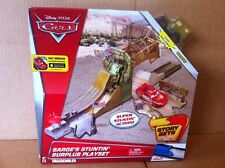 DISNEY CARS Sarge's Stuntin' Surplus Playset With Sarge - Story Sets (New)