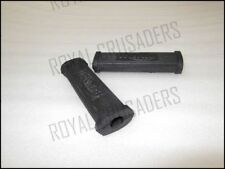 NEW TRIUMPH REAR FOOTREST RUBBERS PAIR (code859)