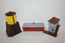 3 PLASTIC MODEL KIT BARN WATER TOWER WATCH TOWER HO SCALE