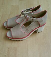 NEW CLARKS GENEVIE BUBBLE OYSTER LEATHER SANDAL SIZE 4D