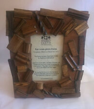 "Hand made Indian wood 6"" x 4"" Photo Frame"
