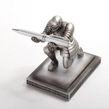 Armor Soldier Pen Holder Resin Medieval Knight With Pen Hero Medieval Pen Stand