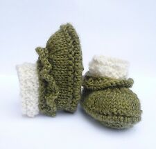KNITTING PATTERN BABY BOOTIES RUFFLE BOOTS Non Vintage  - 4 sizes  0 - 12 mths