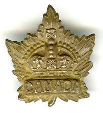 CAP BADGE MODÈLE GÉNÉRAL CANADIEN DE 1915, BIEN MARQUÉ