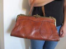 Superbe sac vintage hippie « docteur » en cuir  anse ample porté main ou épaule