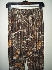 "Camouflauge hunting pants sze Med. Advantage max 4/HD 24"" waist flat 30"" inseam"