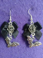 Bat Earrings *** UNIQUE *** Gothic Black Bow * Charm halloween witch