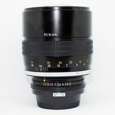 *PERFECT CONDITION* Nikon AI 135mm f/2  Lens (NON-AI-S) Manual Focus Lens.+UV
