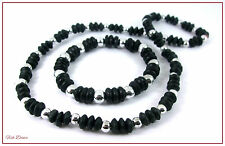 LOVELY BLACK CERAMIC DISC & SILVER BEAD NECKLACE & BRACELET SET (15)