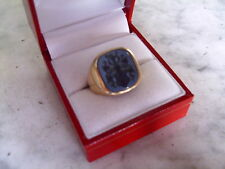 14 carat gold agate intaglio ring with family coat of arms - armorial crest