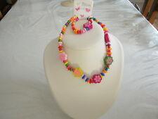 Parure élastique pour enfant collier fleurs et perles de bois multicolore -NEUF