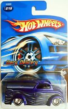 HOT WHEELS 2006 MYSTERY CAR DAIRY DELIVERY REAL RIDERS
