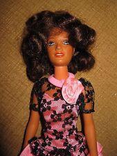 """1978 Kenner GMFGI DOLL """"Darci"""" BRUNETTE dress  Vintage bendable joints Hong Kong"""