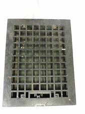 VINTAGE 1920S CAST IRON HEATING GRATE SQUARE DESIGN 13.75 X 10.75 A