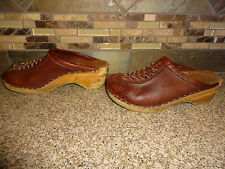 Vintage Womens Bastad Sz 34 US 4 Brown Leather Clogs Wood/Wooden Shoes