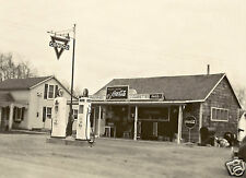 ALBERTS CONOCO STORE AND GAS STATION COCA-COLA 7-UP N-TANE GAS  5x7 photo b/w