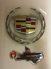 GM 22985036 Two Piece WREATH/CREST Grille Emblem for Escalade by Cadillac