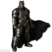 Medicom Toy MAFEX No.023 - Batman vs Superman: Dawn of Justice: Armored Batman