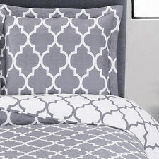 King / Calking Size Gray Meridian Oversized Coverlet Reversible Wrinkle Free Set