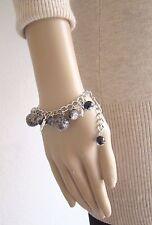 """Bracelet """"FASHION JEWELRY"""" perles de verre grises et breloques argenté dauphins"""