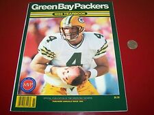 1996 GREEN BAY PACKERS NFL TEAM YEARBOOK YEAR BOOK BRETT FAVRE COVER