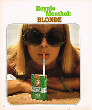 PUBLICITE ADVERTISING 084  1975  ROYALE  MENTHOL  cigarette BLONDE