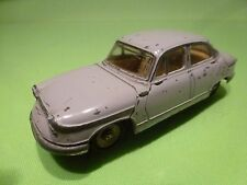 DINKY TOYS FRANCE 547 PANHARD  PL 17 - LILAC 1:43 - GOOD CONDITION