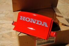 HONDA VFR750F VFR 750 NEW Rear Cowl Center Carena posteriore 77213-MY7-000ZD