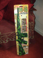 KIDS TOY M16 ARMY GREEN CAMOFLAUGE TARGET RIFLE GUN & SUCTION DARTS FANCY DRESS