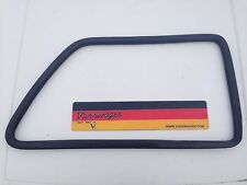 VW GOLF MK2 3DR GENUINE REAR RIGHT OSR 1/4 QUARTER PANEL RUBBER WINDOW SEAL