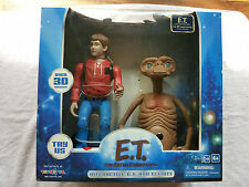 E.T THE EXTRA-TERRESTRIAL 20TH ANNIVERSARY INTERACTIVE TOYS R US EXCLUSIVE