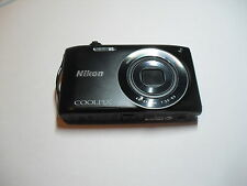 Nikon COOLPIX S3200 16,0 MP Digitalkamera - Schwarz