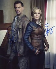 AUTOGRAPHES SUR PHOTO 20 x 25 de Julie BENZ et Grant BOWLER signed person