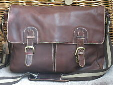 LLOYD BAKER LEATHER MESSENGER BAG IN BROWN A STUNNING LOOKING CLASSIC IN EX-CCND