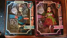 A MONSTER HIGH STORY THREADARELLA FRANKIE STEIN & SNOW BITE DRACULAURA DOLLS