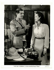 1941 THEY MET IN BOMBAY Original 8x10 CLARK GABLE Rosalind Russell KEY BOOK!