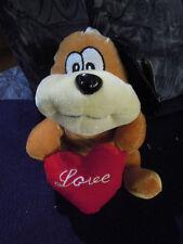 Hund mit Herz  /  Plüschtier