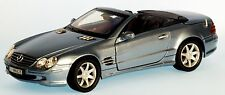 Mercedes-Benz SL500 (R230) Maßstab 1:18 hard top convertible hellblaumetallic
