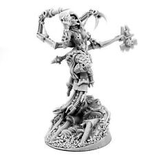 28 mm scale MECHANIC ADEPT FEMALE TECH PRIEST SKULL KEEPER