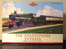 Bachmann 30-525.  The Shakespeare Express Special Collectors Edition.  00 Scale.