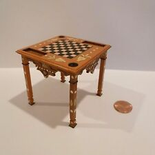 MINIATURE CHESS TABLE