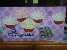 WILTON 3D 2 PIECE CUPCAKE/COOLING RACK BAKING SET BRAND NEW IN BOX
