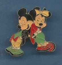 Pin's pin DISNEY MICKEY ET MINNIE DOS A DOS ( ref 036 )