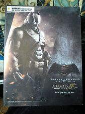 BATMAN VS SUPERMAN PLAY ARTS KAI ACTION FIGURE SQUARE ENIX NO HOT TOYS ENTERBAY