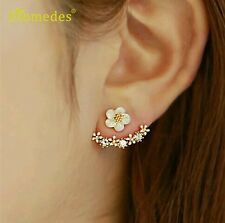 Newly Design Fashion Flower Rhinestone Silver Plated Ear Stud Earrings