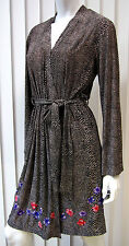 SAKS FIFTH AVENUE ADORABLE WRAP DRESS SIZE S, ANIMAL PRINT