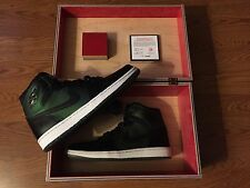 Nike SB Air Jordan 1 Lance Mountain Satin Banned Box Chicago Bulls Court PE 9