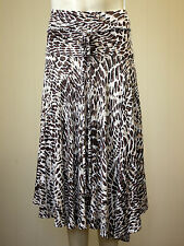 Stunning flattering tiered by Soon absract patterned skirt size12 Only worn once
